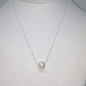Sterling Silver Minimalist Pearl Necklace